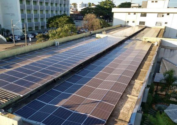 HC de Uberaba implanta usina solar; economia será de R$ 300 mil por ano
